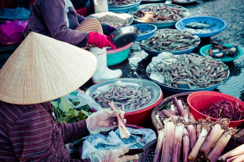 Stroll Through The Markets On The Hue Street Food Tour