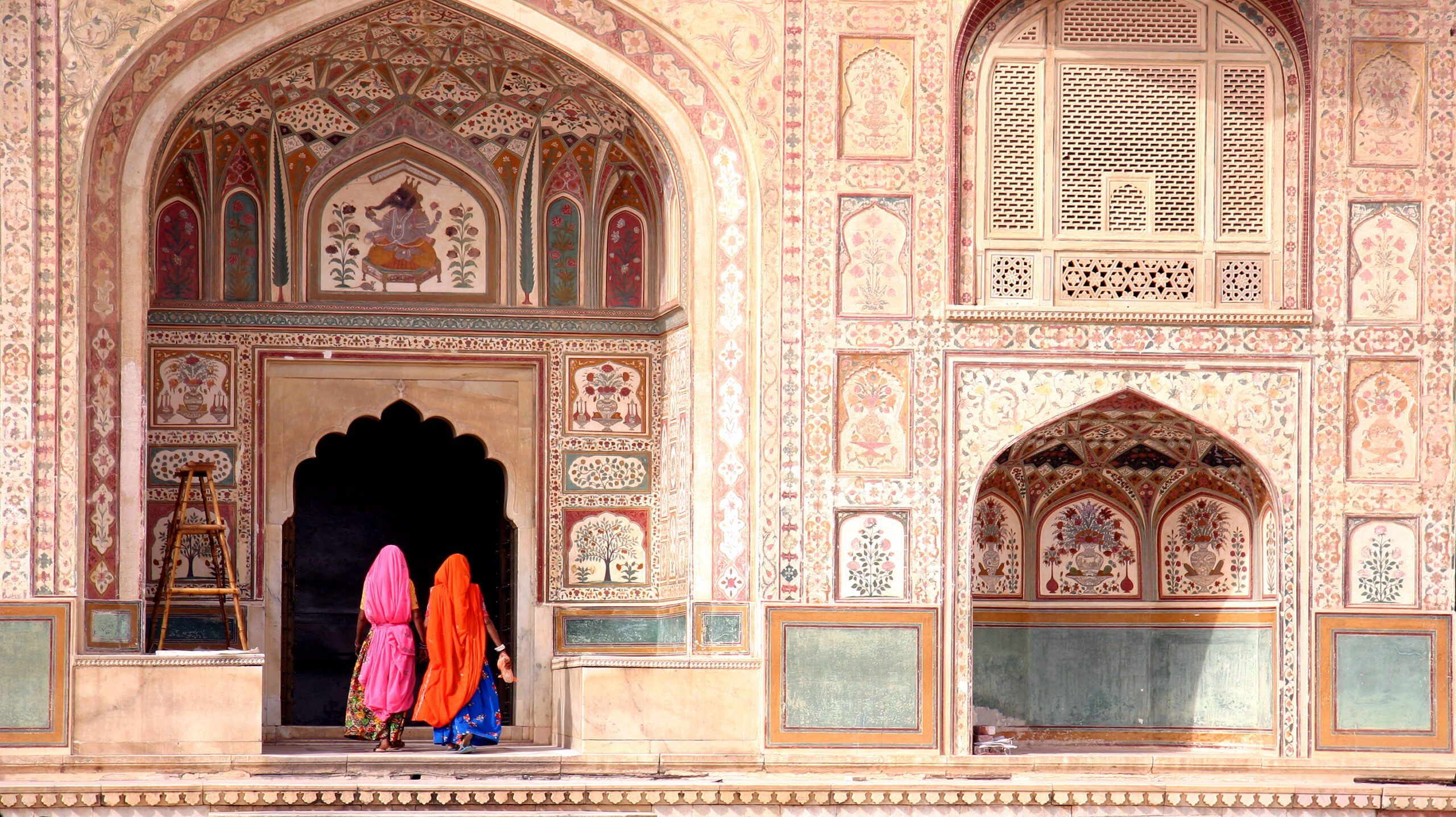 Visit Agra Fort And Unravel Some Mysteries In Our Taj Mahal & Wonders Of Agra Tour