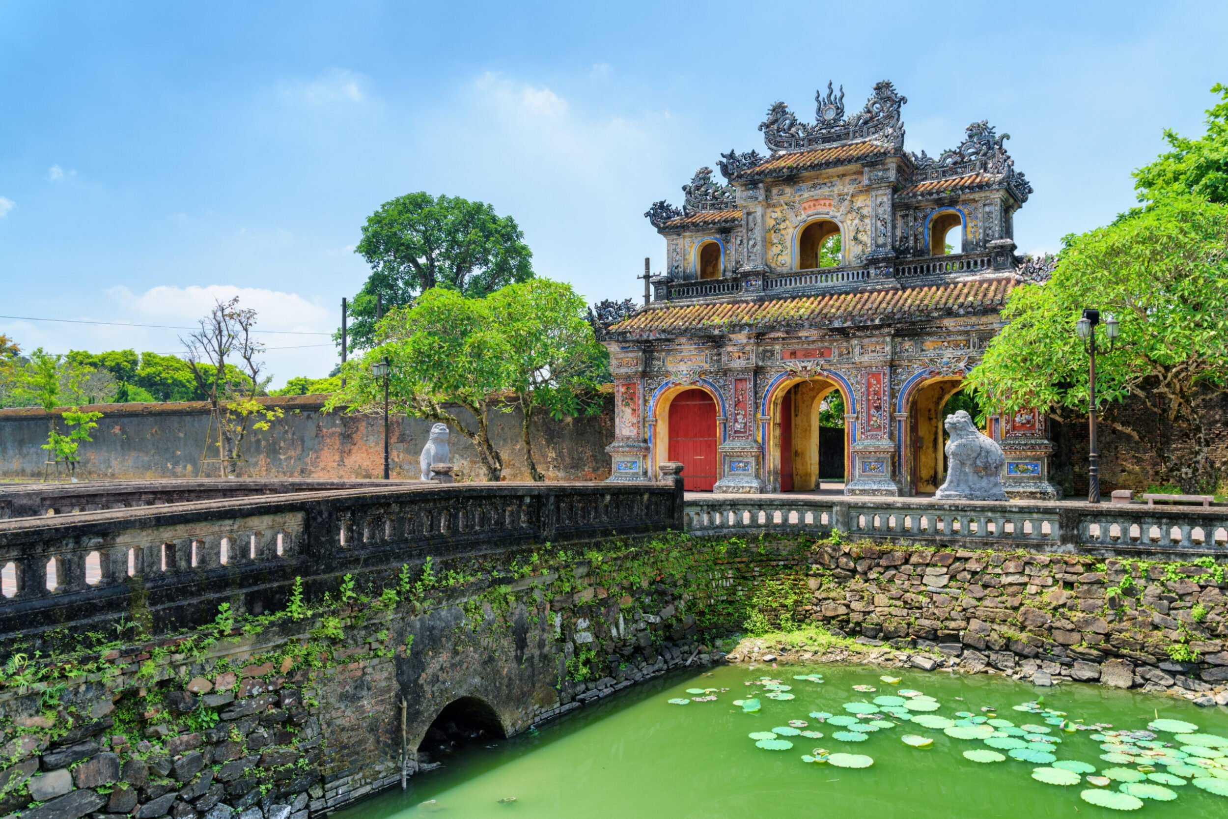 You Can Not Miss A Tour Of The Imperial Palace On The Insider Hue City Tour