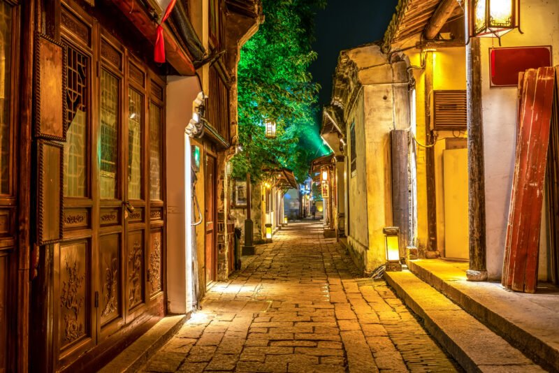 Discover The Wonderful Suzhou Alleyway In Our Suzhou Alleyway Walking Food Tour