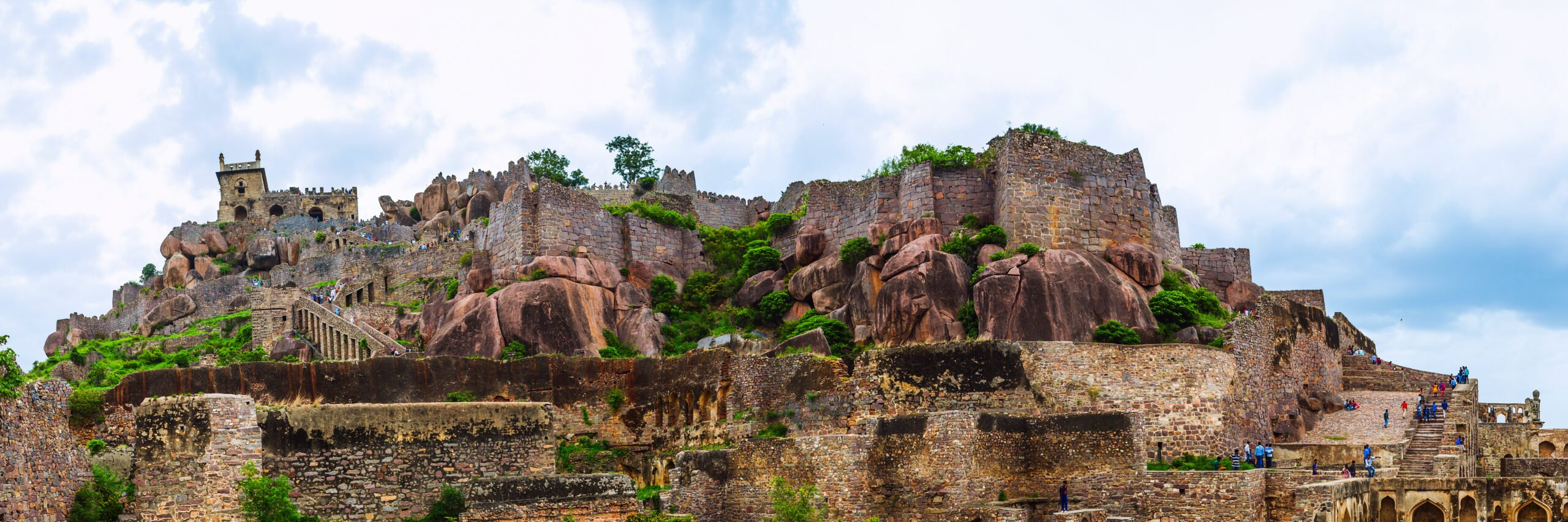 Explore The History Of Golconda Fort In Our Hyderabad City Day Tour