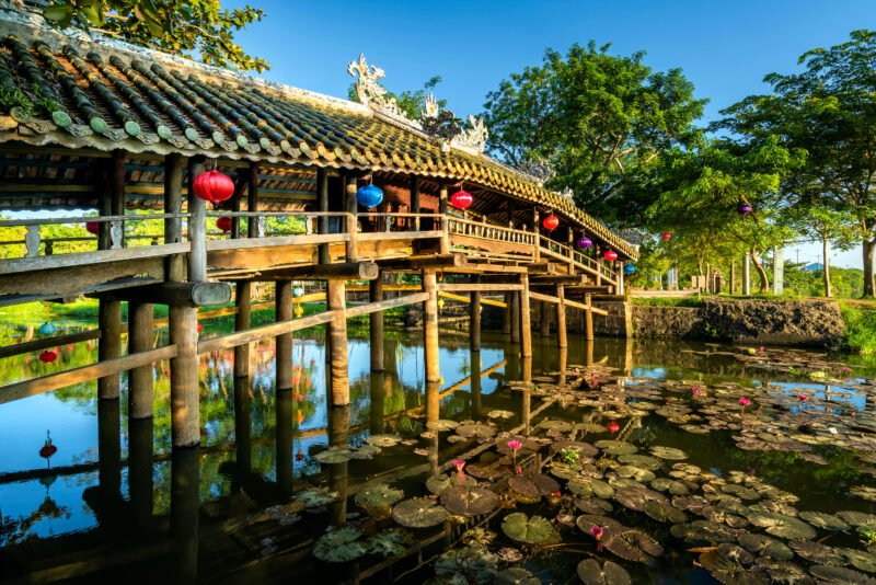 Thanh Toan Bike Tour & Cooking Class From Hue