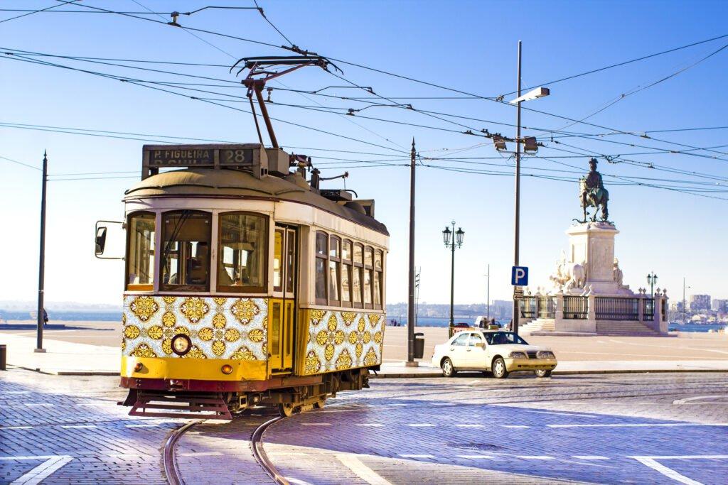 Lisbon Travel Guide Trams