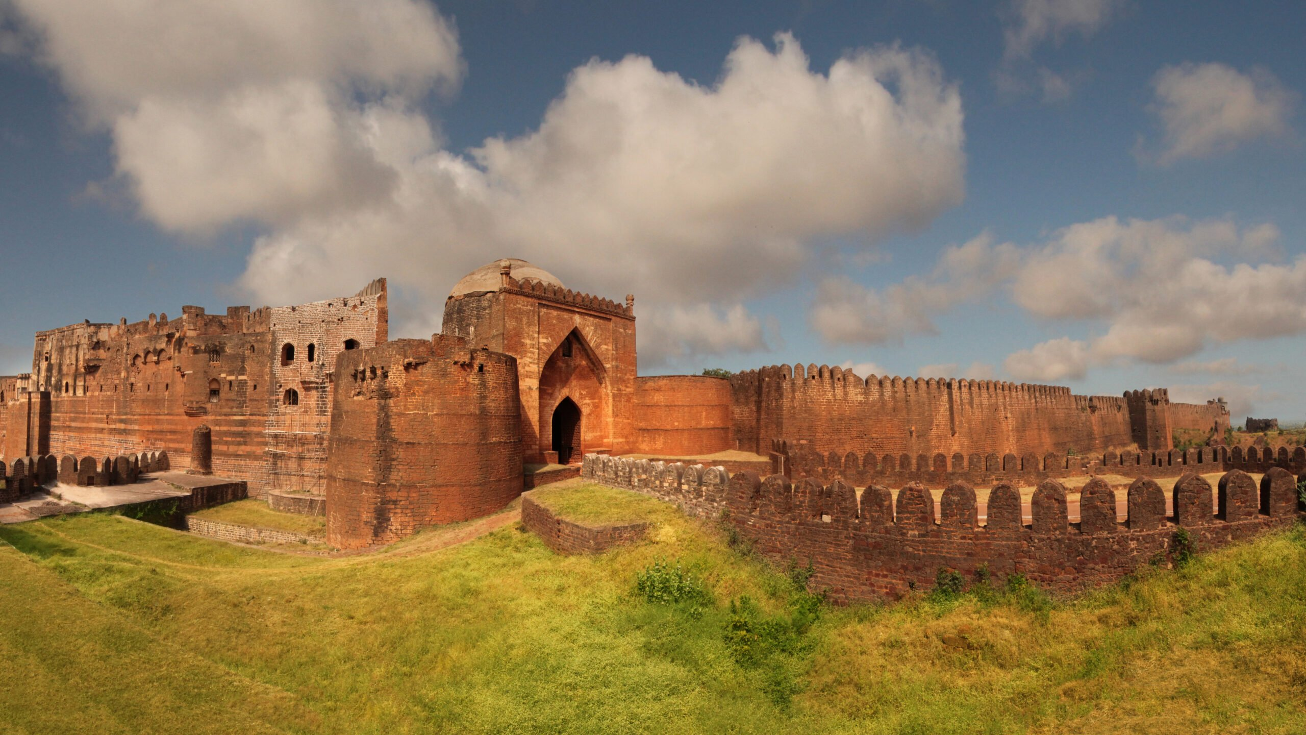 Appreciate This Architectural Marvels Of Bidar Fort In Our 2 Day Legacy Of Sultans & Wildlife Tour In Bidar