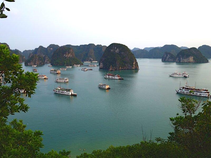Enjoy A Halong Bay Cruise_91