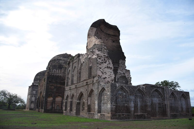 Explore Bidar Fort, One Of The Finest Built Forts Of Medieval India And Influenced By Persian Style Of Architecture In Our 2 Day Legacy Of Sultans & Wildlife Tour In Bidar