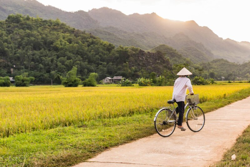 Join Our Exquisite Vietnam 13 Day Package Tour_91