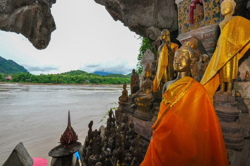 Pac Ou Caves On The Golden Triangle Of Indochina 10 Day Package Tour (vietnam - Laos - Cambodia)