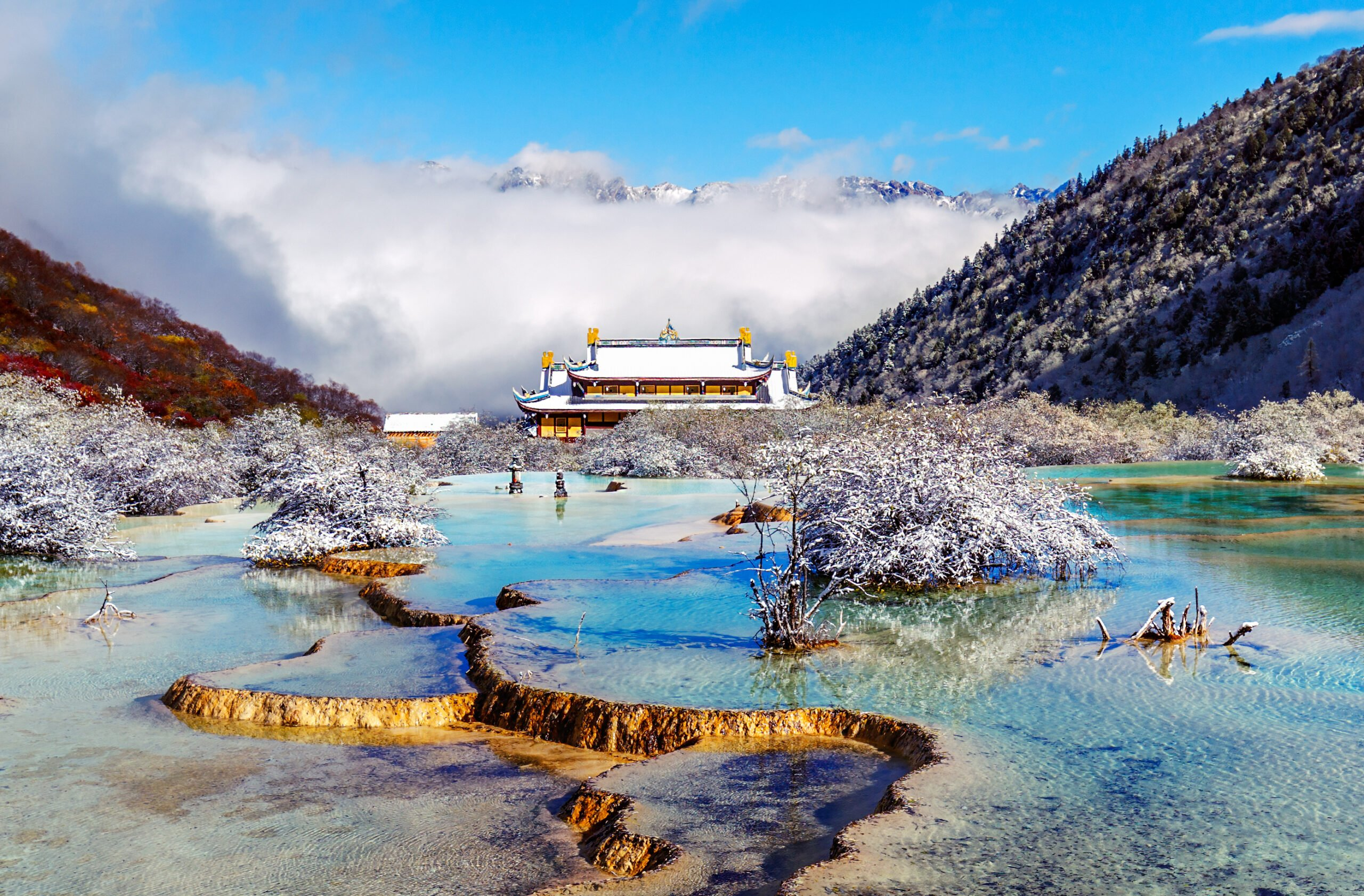 Discover Huanglong In Our Jiuzhaigou Valley 3 Day Package