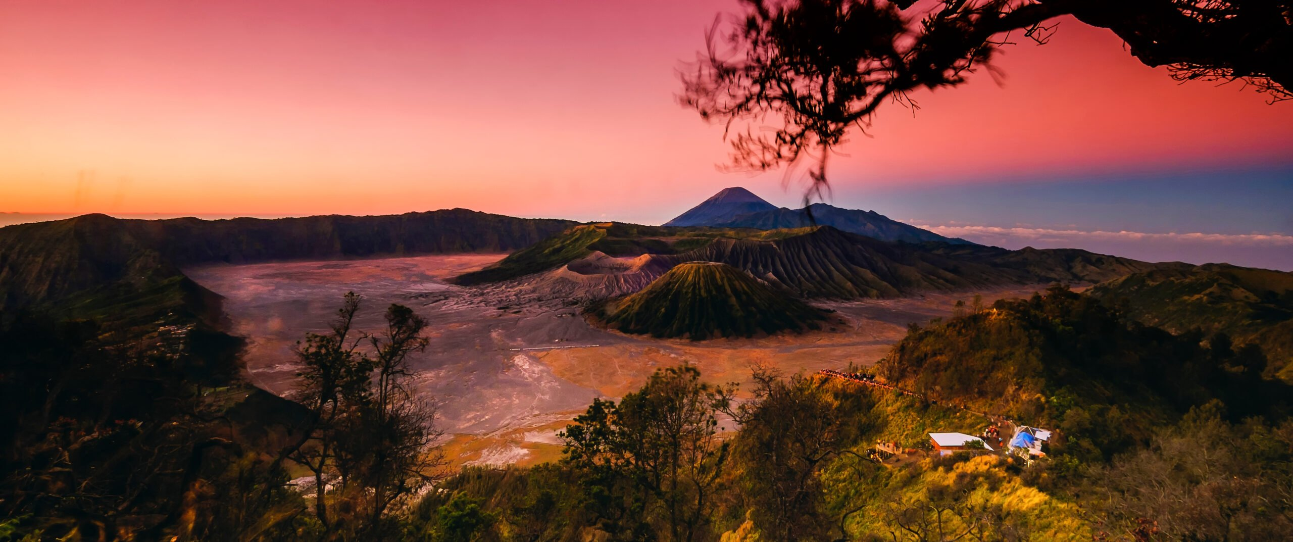 Enjoy The Breathtaking Scene Of Bromo Sunrise In Our Mount Bromo Sunrise & Ijen Blue Fire 2 Day V.i.p Tour