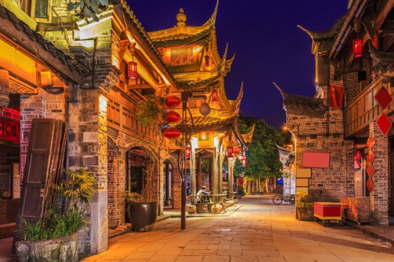 Explore The Amazing Chengdu In Our China Private Impression 14 Day Package