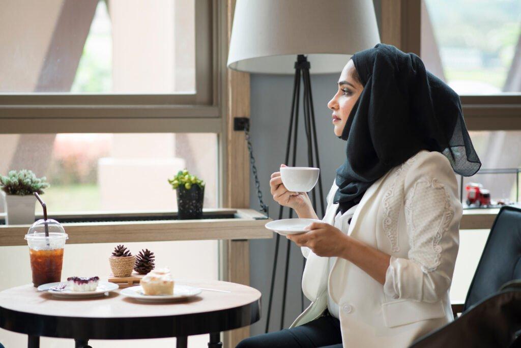 Women Visiting Saudi Arabia Culture Guide