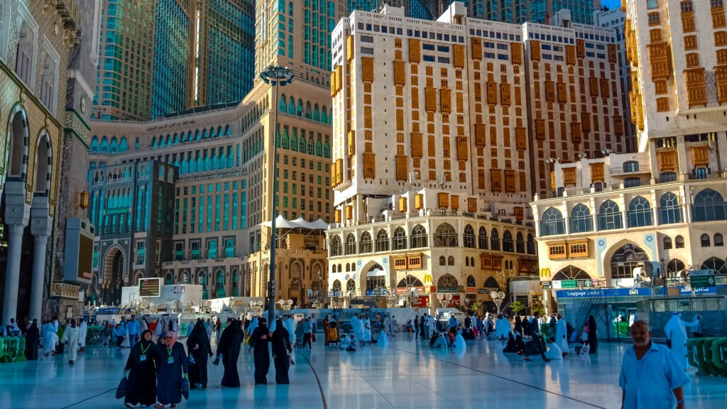 Is it safe to travel to saudi arabia