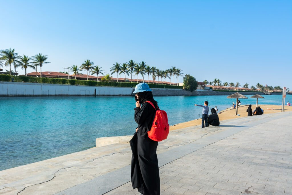 is it safe for women to travel to saudi arabia