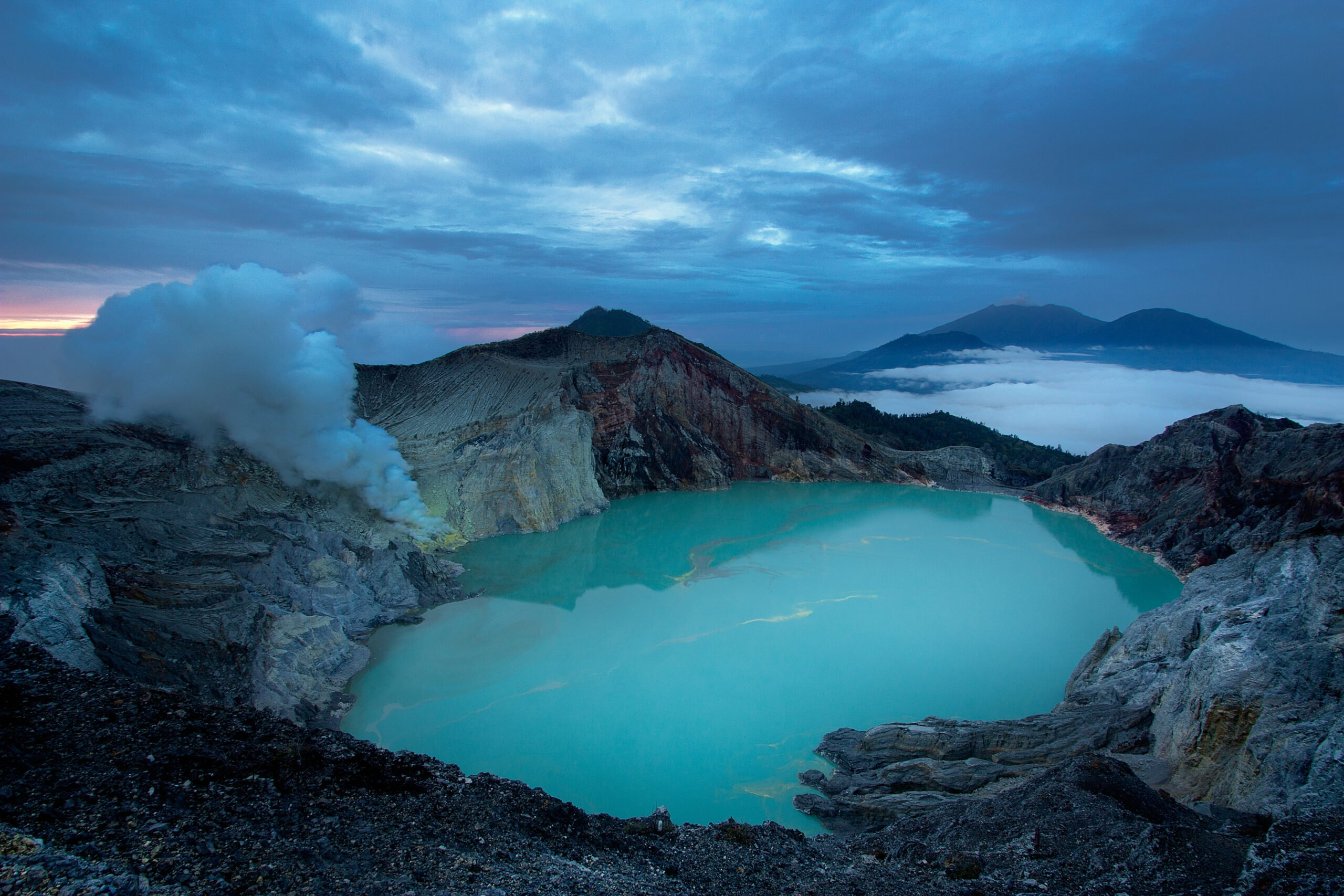 Trek To Ijen Crater In Our Wonders Of East Java 4 Day V.i.p Tour
