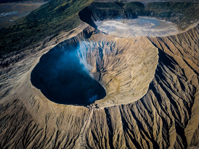 Visit Ijen Crater In Our Wonders Of East Java 4 Day V.i.p Tour