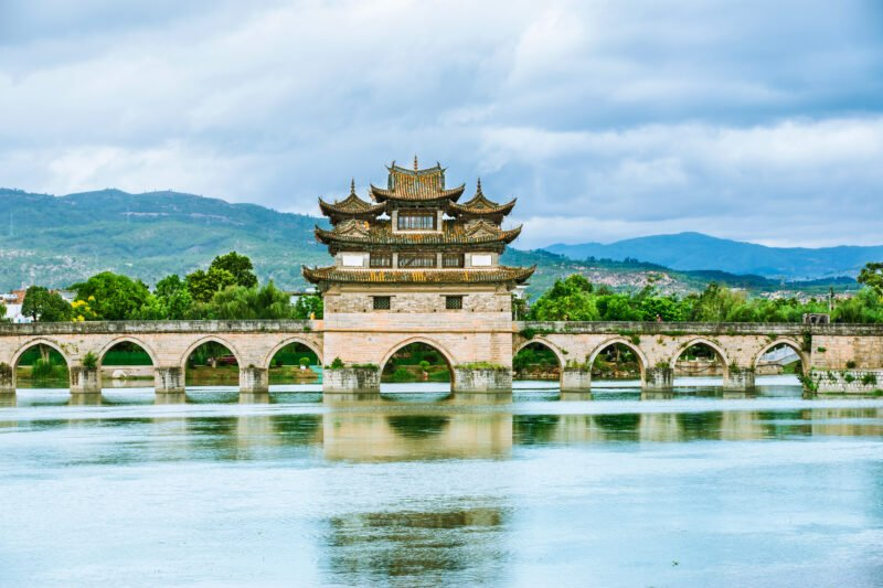 Visit The Double Dragon Bridge In Our Jianshui And Yuanyang Hani Rice Terraces 3 Day Package