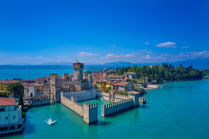 Verona, Lake Garda & Countryside Tour From Venice