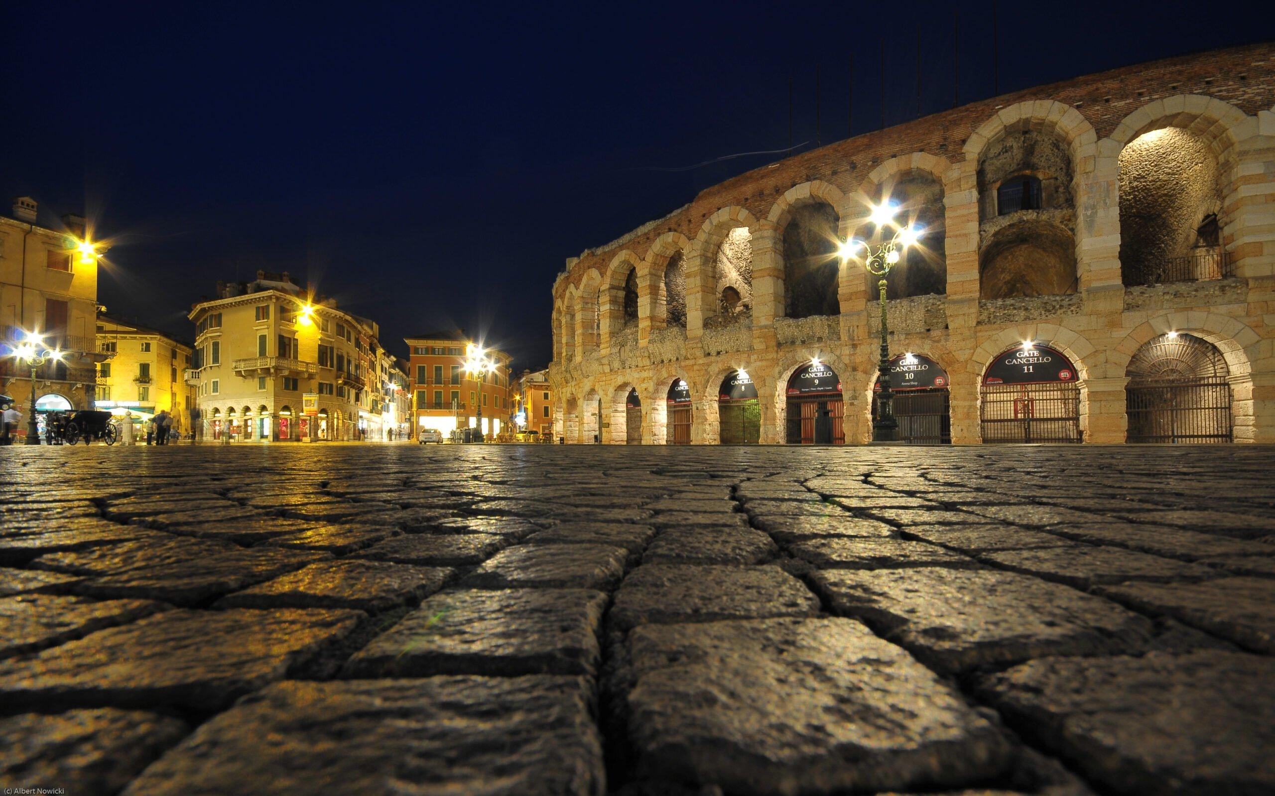 Verona Night Walking Tour