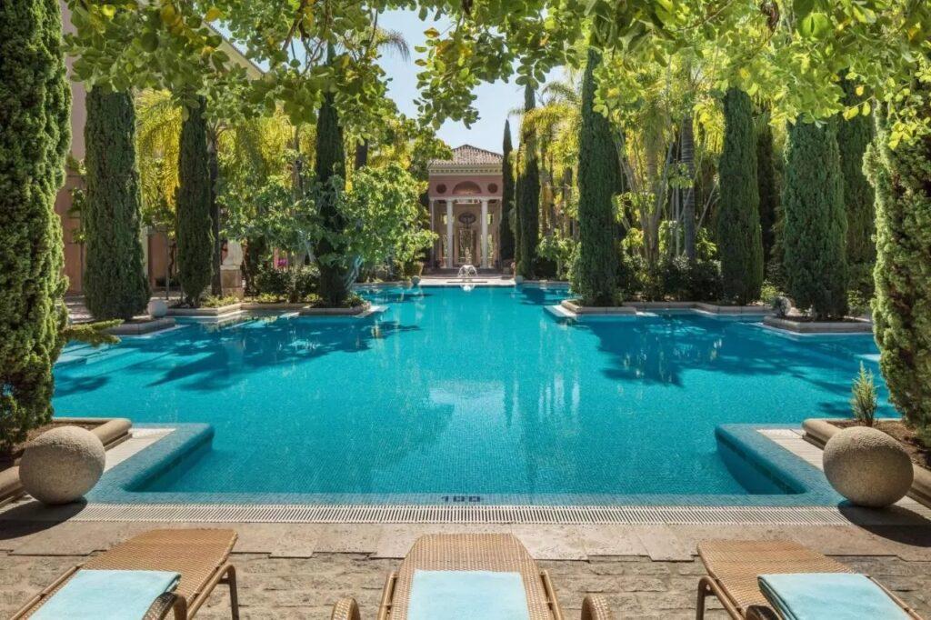Luxury Resort Stay in marbella