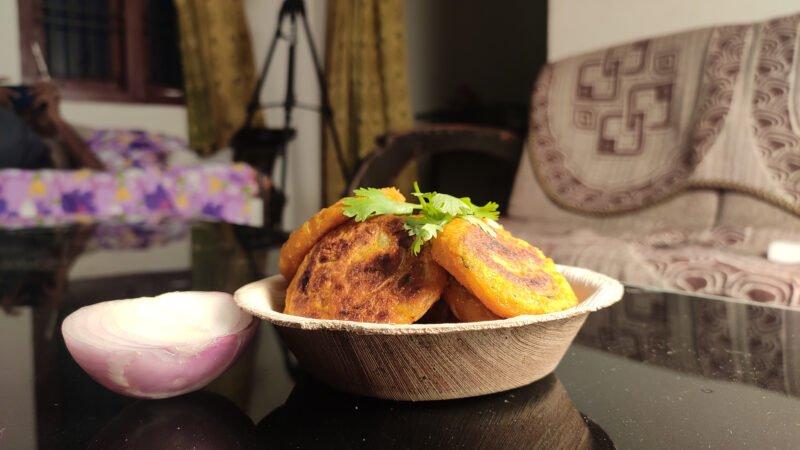 Taste The Traditional Aloo Poha Tikki Potato In Our Old Delhi Night Food Walk