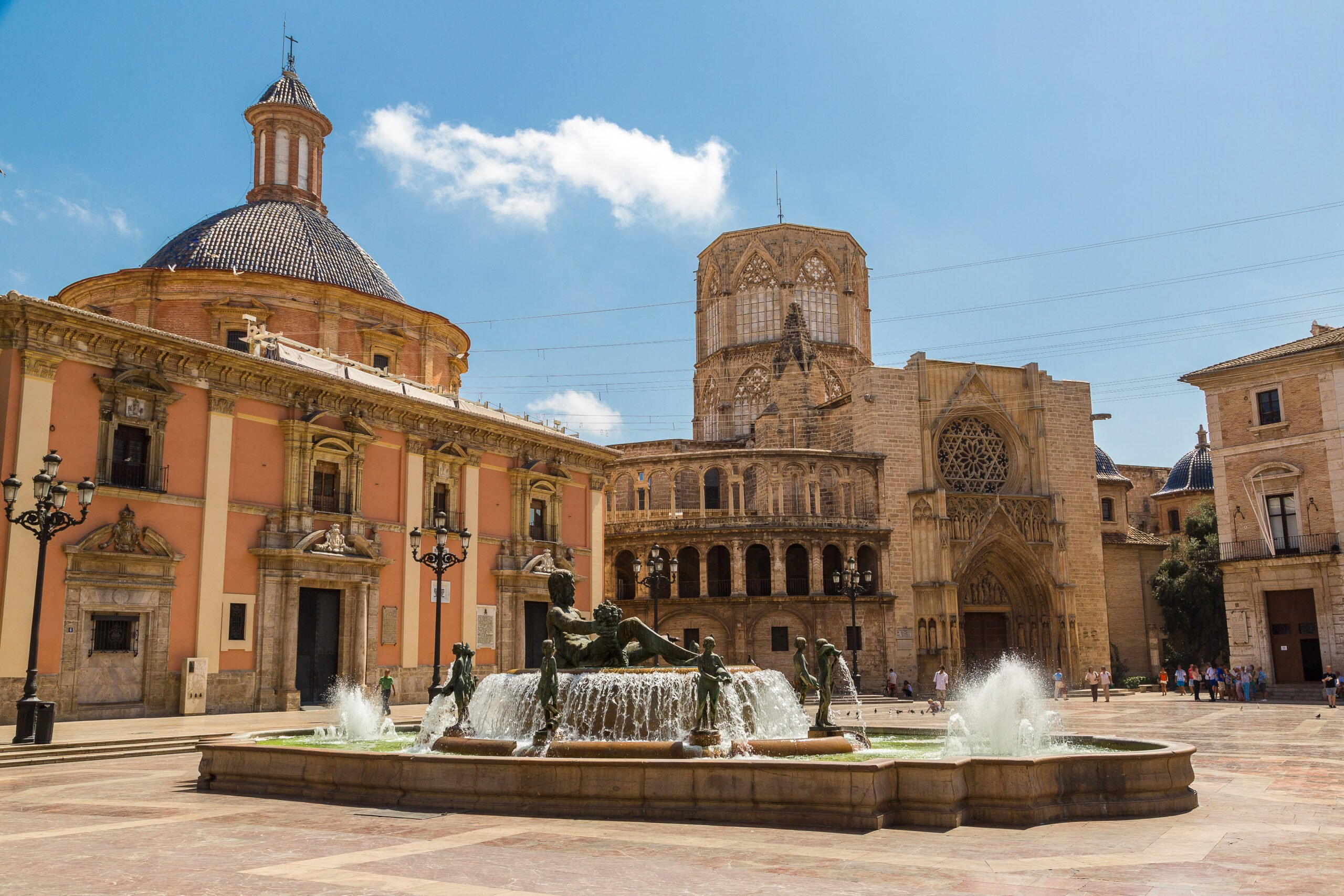 Visit Plaza De Virgin In Our Old Town Valencia Walking Tour