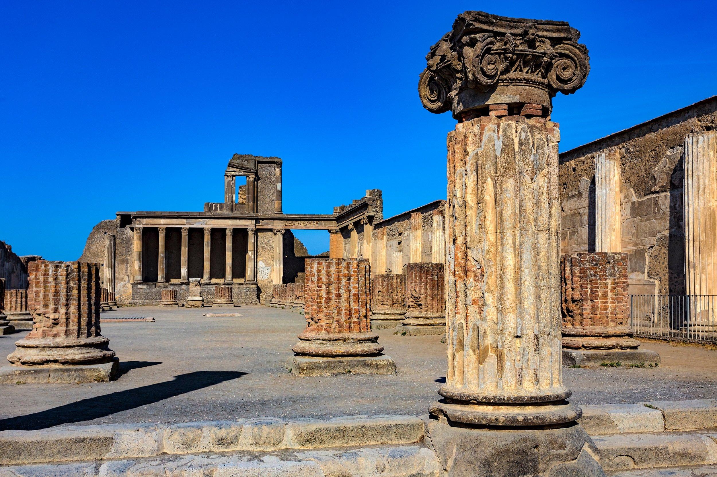 Exclusive Insider Pompeii Archaeology Tour_1