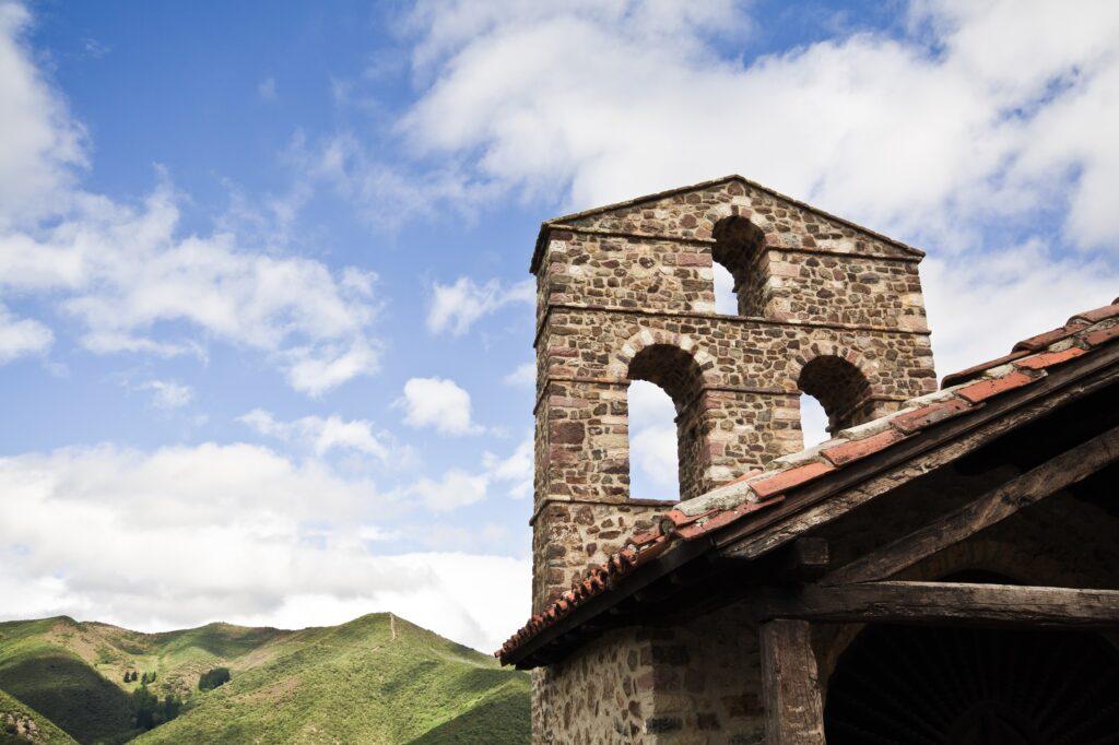 Santillana del Mar and the Altamera Museum. best tours from Santander