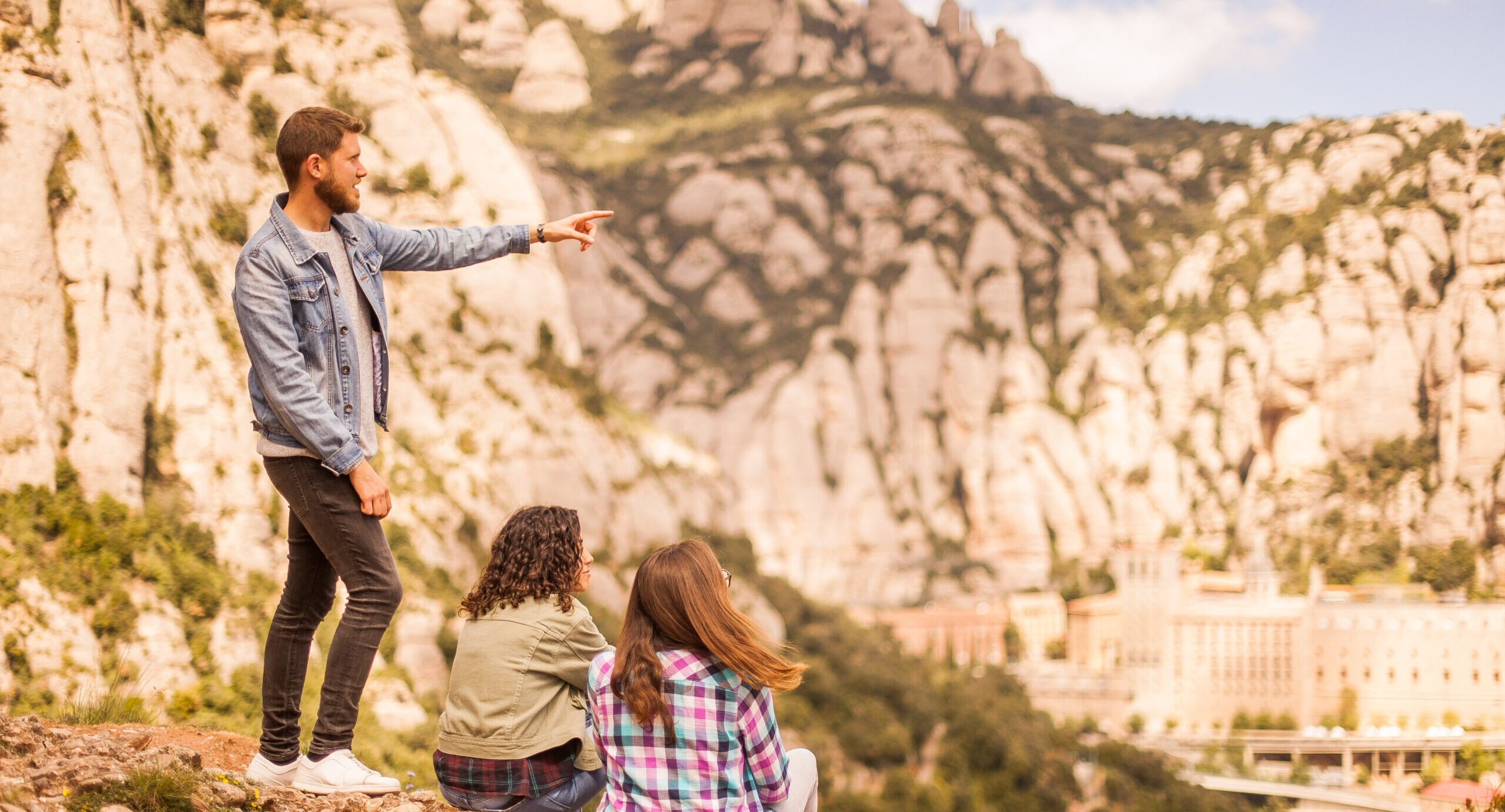 Montserrat, Tapas & Wine Tour With Cogwheel Train Ride From Barcelona_113
