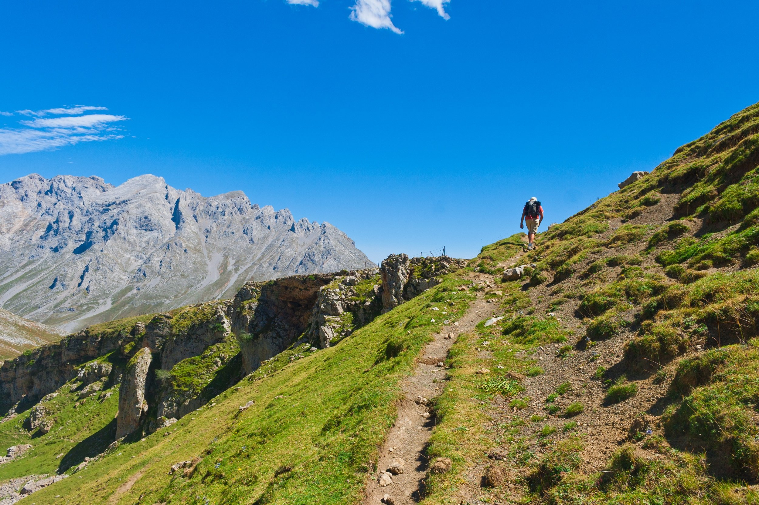 Picos De Europa Hiking And Spa Tour From Santander, Unquera, Panes And Torrelavega