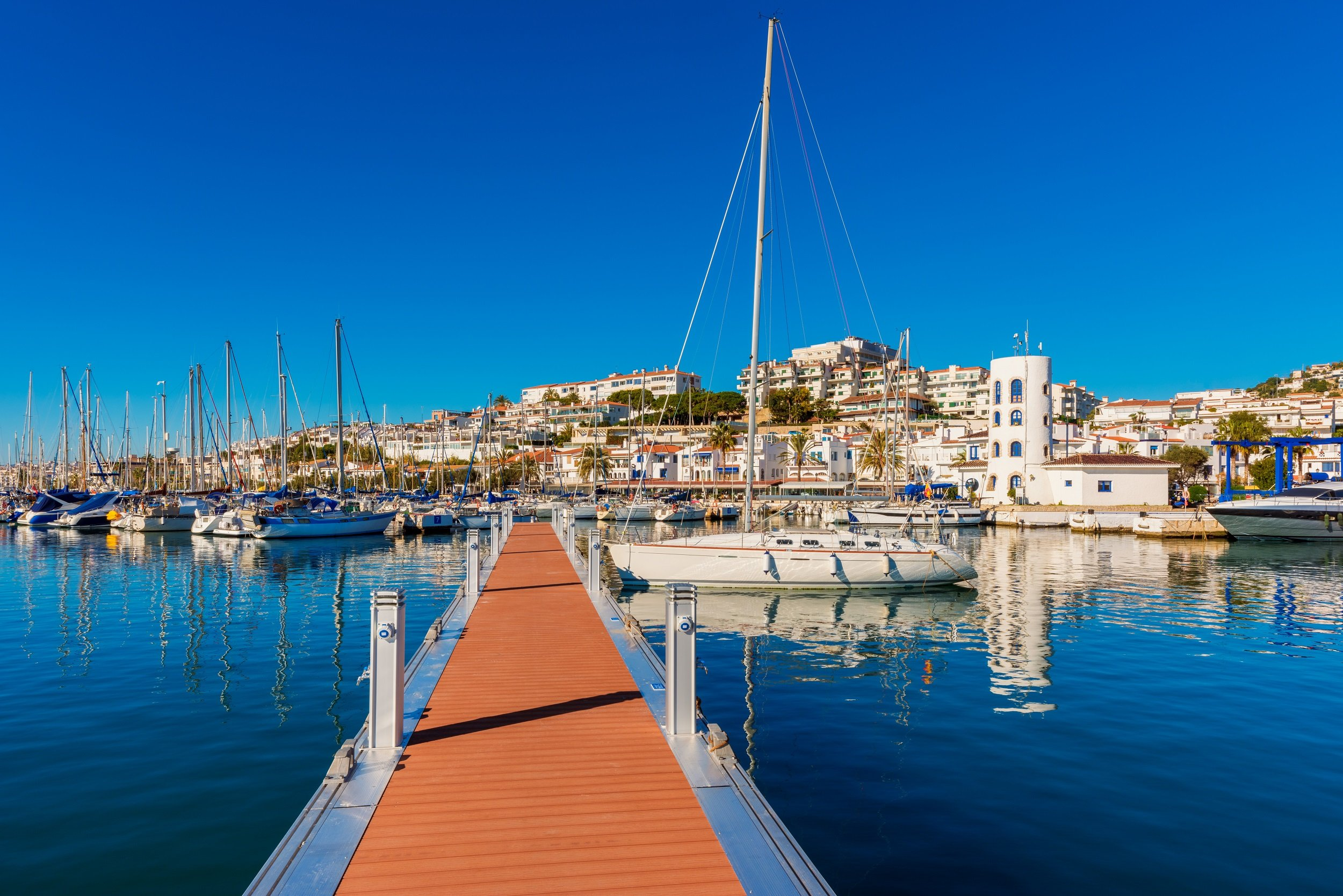 Sitges, Tapas & Wine Tasting Tour From Barcelona_1