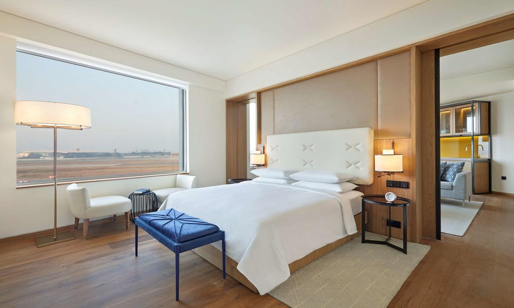 Comtemporary style can be found at the Andaz Delhi