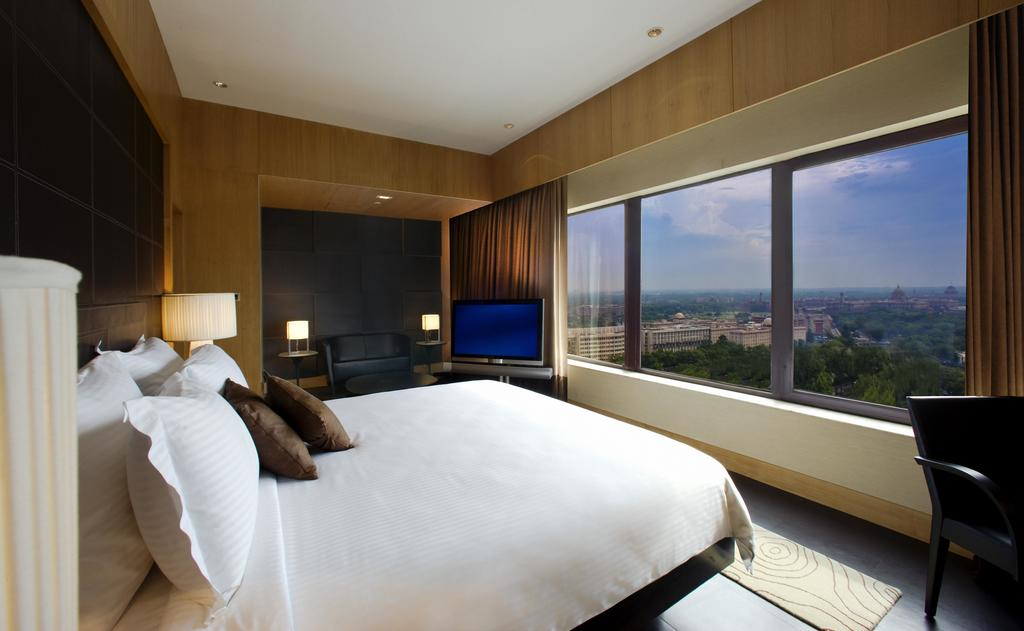 Rooms at Le Meridien New Delhi have a contemporary style and excellent views over the city