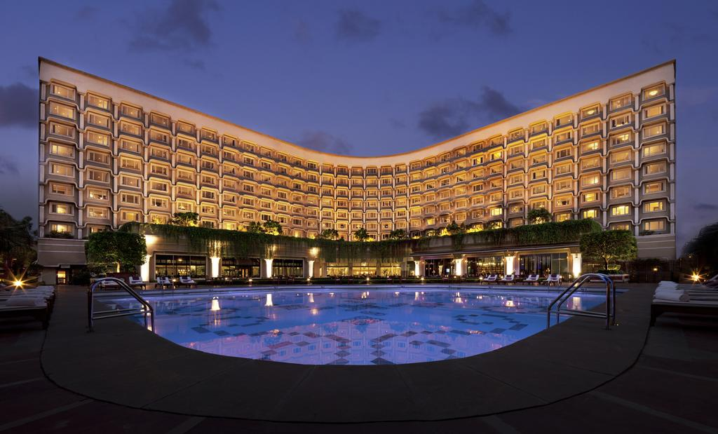 The curving exterior of the Taj Palace
