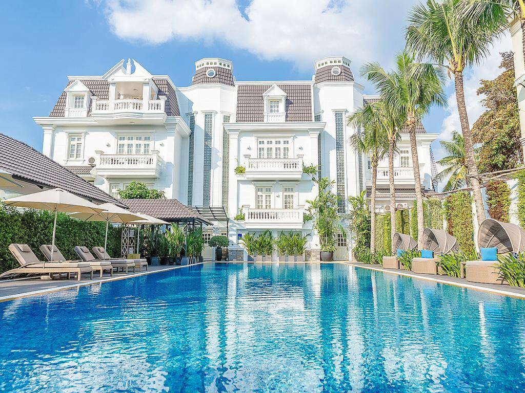 Colonial-era decor at Villa Song Saigon