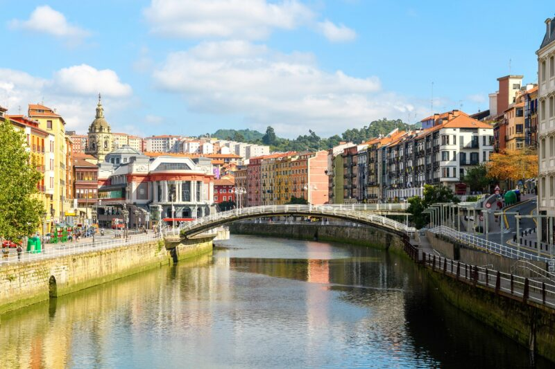 Arrival-bilbao-highlights-of-bilbao-6-day-tour-package.