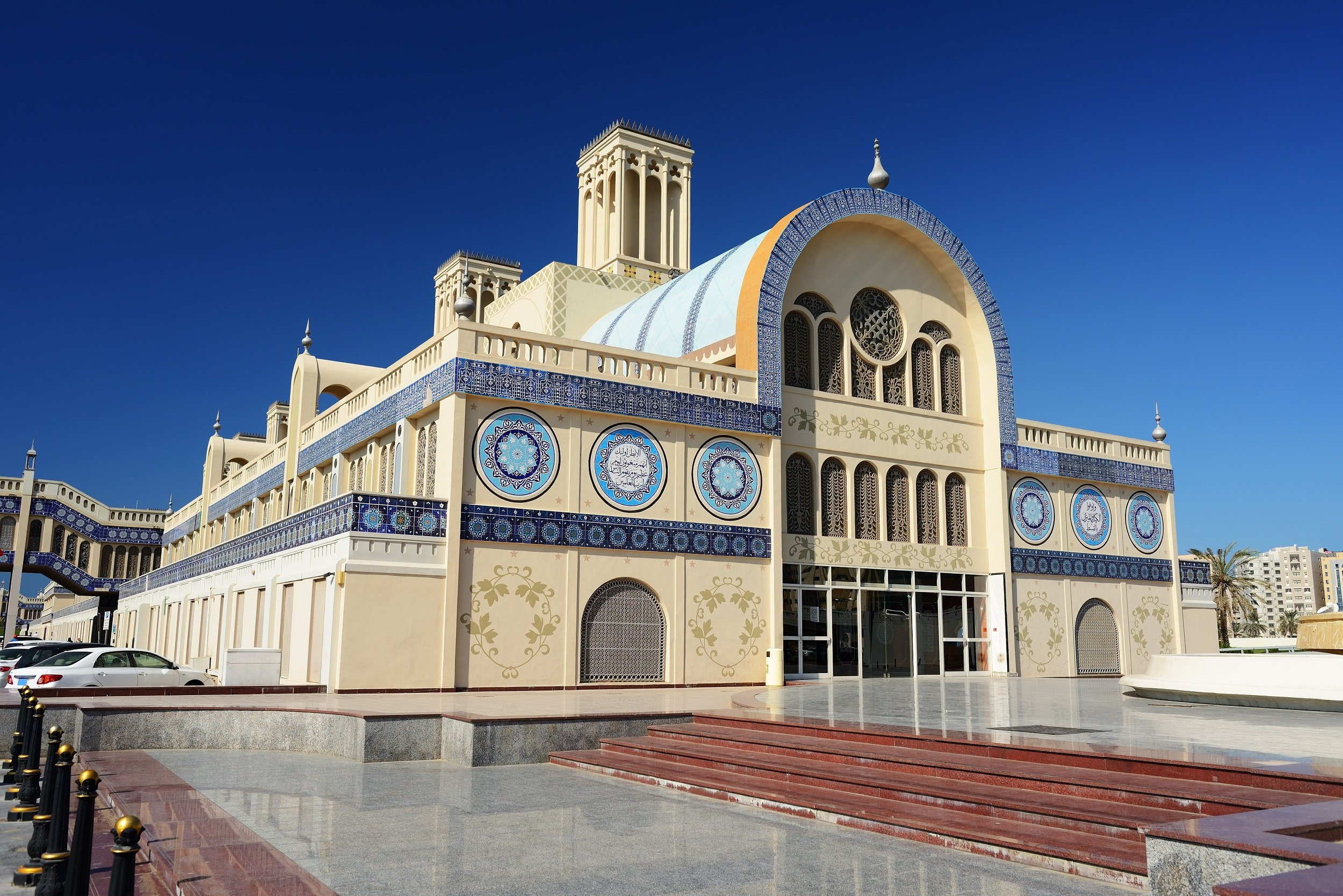 Explore The Blue Souq On The Insider Sharjah & Ajman City Tour From Dubai