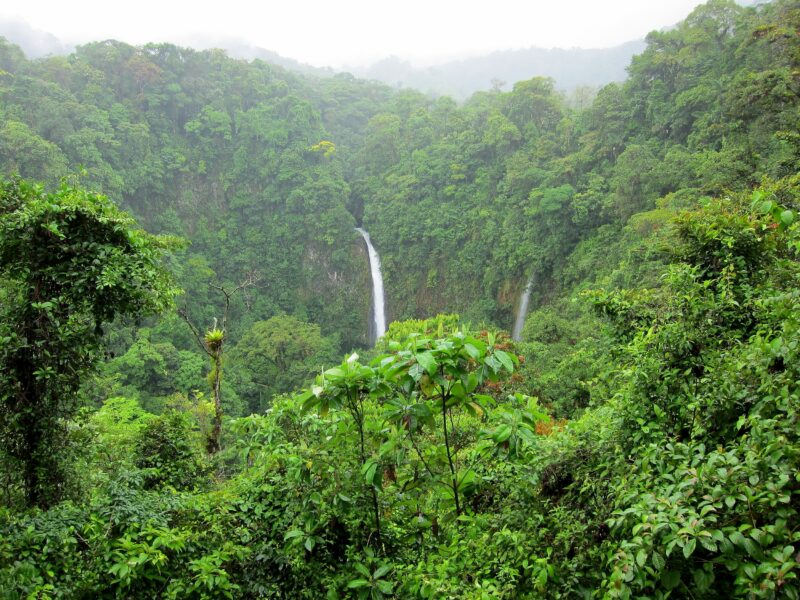 A-fortuna-waterfall-and-arenal-volcano-hiking-tour-from-la-fortuna-arenal_2