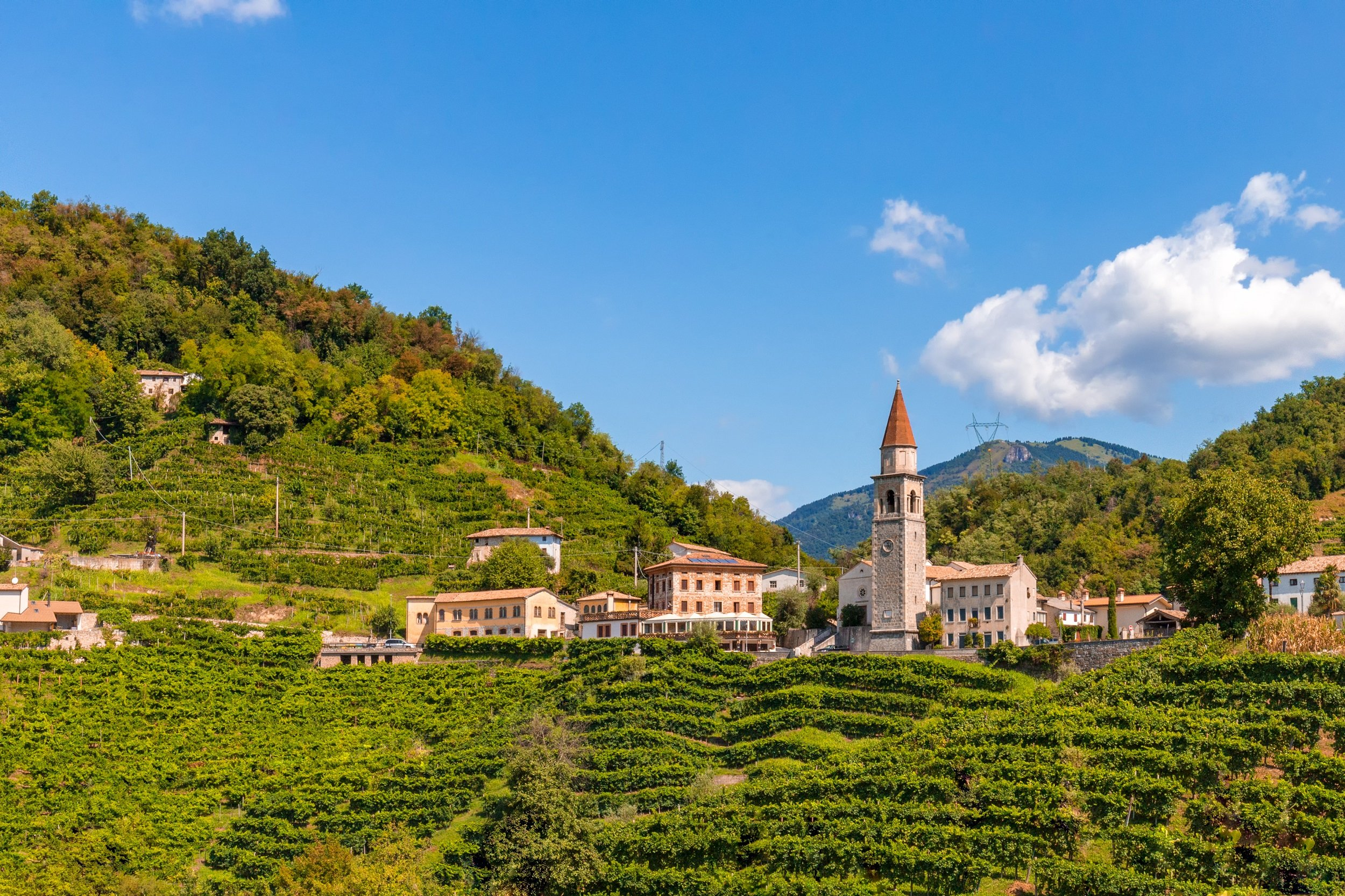 Lake Garda - Venice, Verona, Lake Garda & Countryside 5 Day Tour Package_6