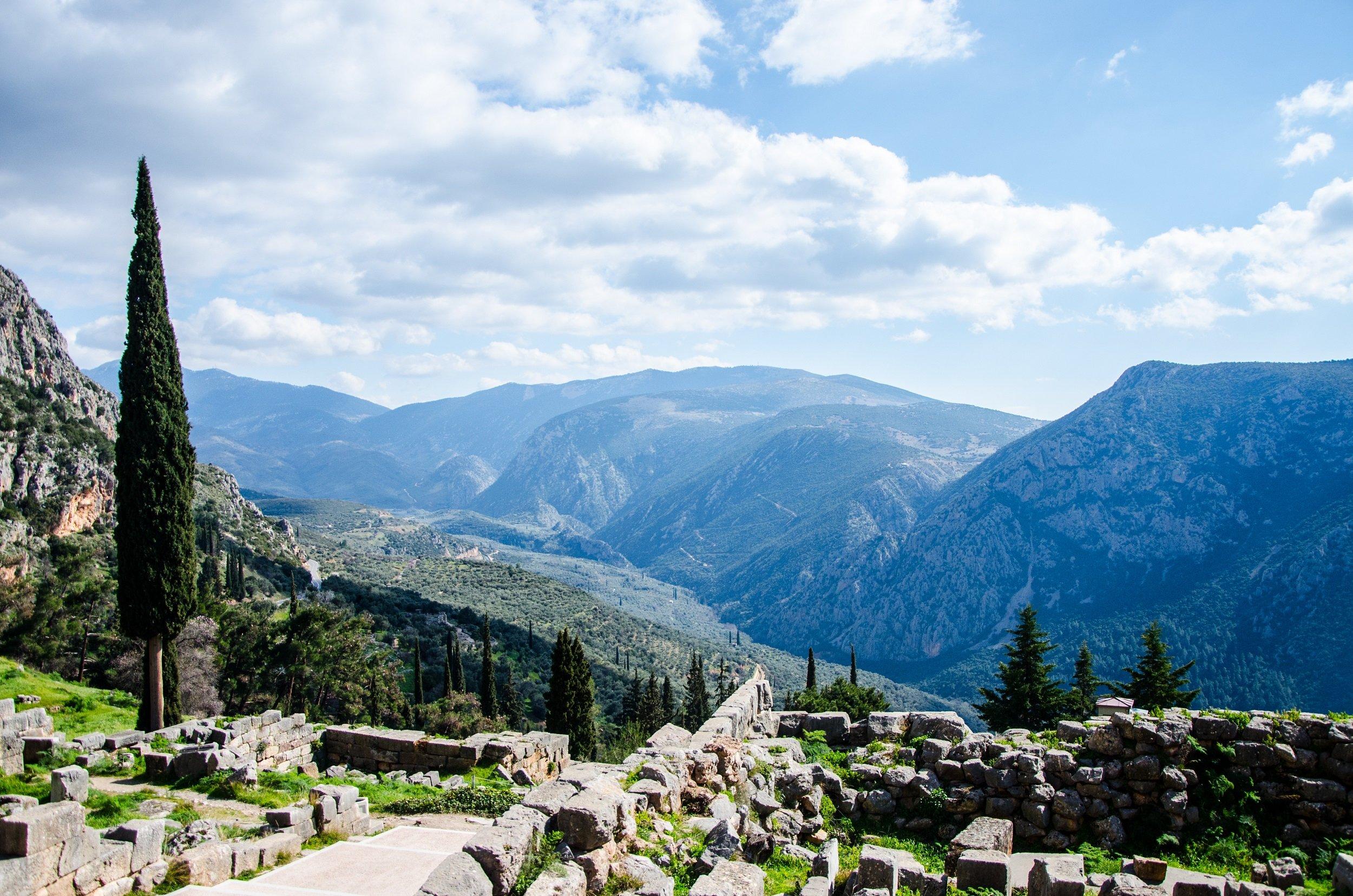 5 Day Athens, Delphi, Meteora & Aegina Off The Beaten Track Tour Package_3