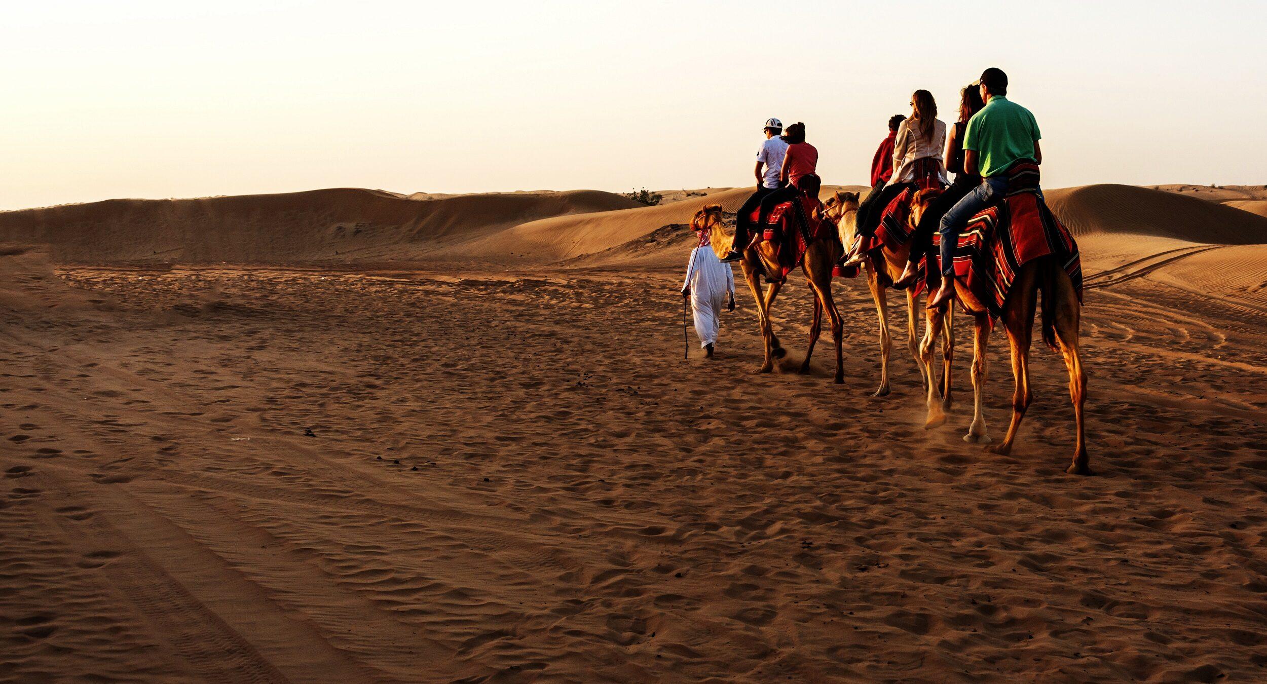 Dubai-abu-dhabi-5-day-city-break-tour-package-3