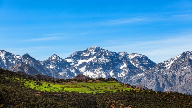 Join The Atlas Mountains, Aït Benhaddou, Valley Of The Roses & Dades Valley 3 Day Private Tour Package