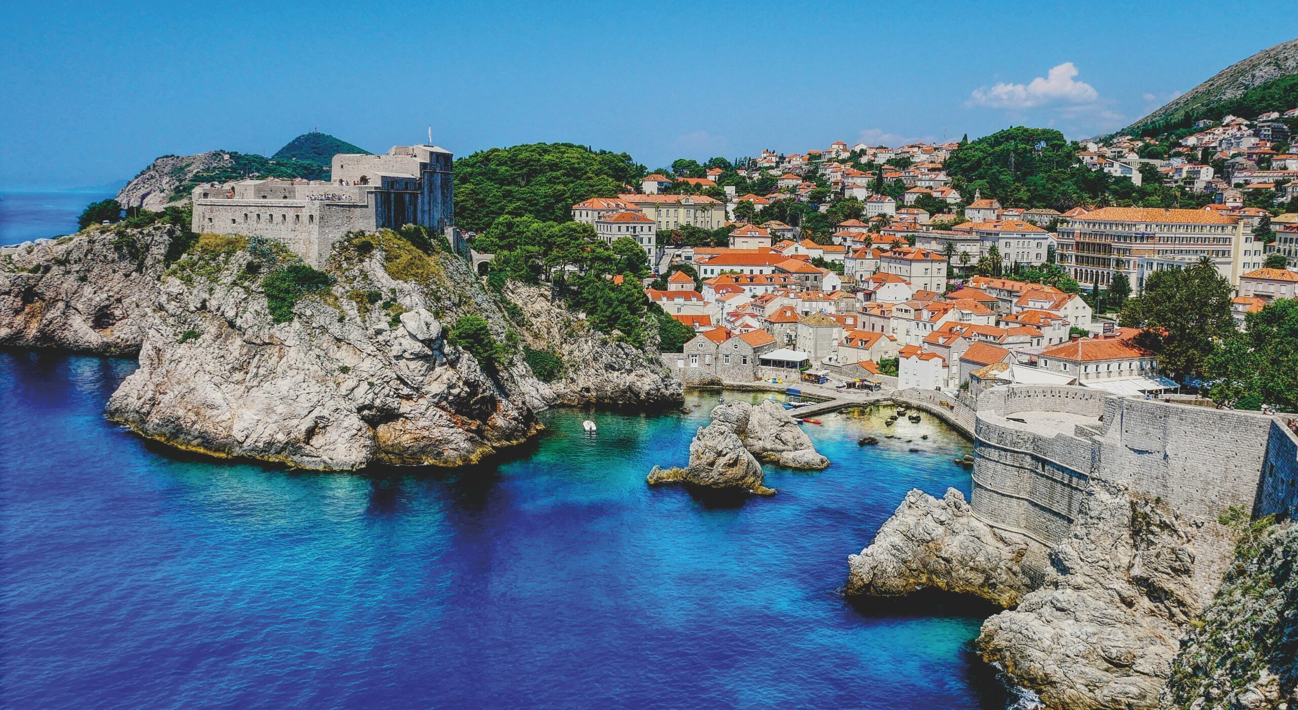 Stunning Dubrovnik, 6 Day Split, Dubrovnik & Plitvice Lakes Tour Package