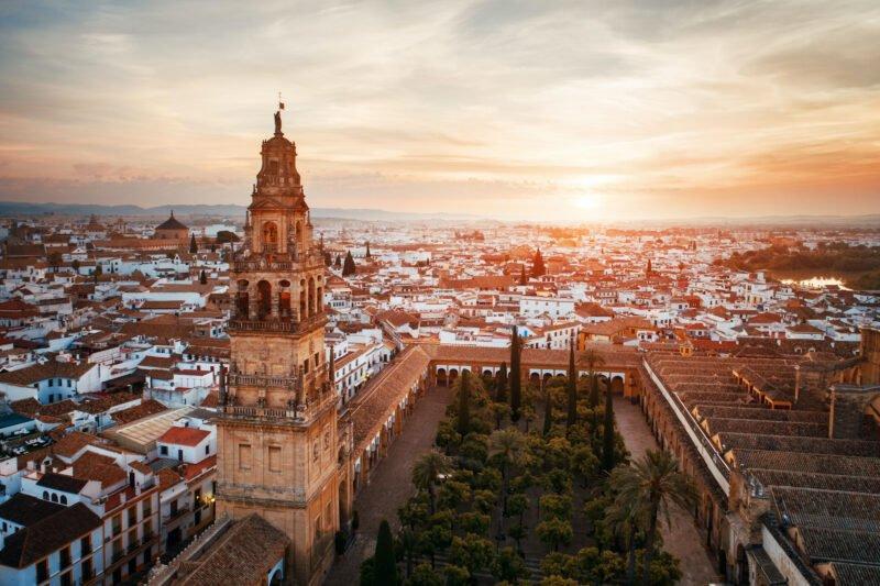 Granada, Cordoba, Torcal De Antequera & Darro River 7 Day Tour Package_2