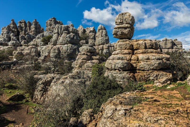 Granada, Cordoba, Torcal De Antequera & Darro River 7 Day Tour Package_1
