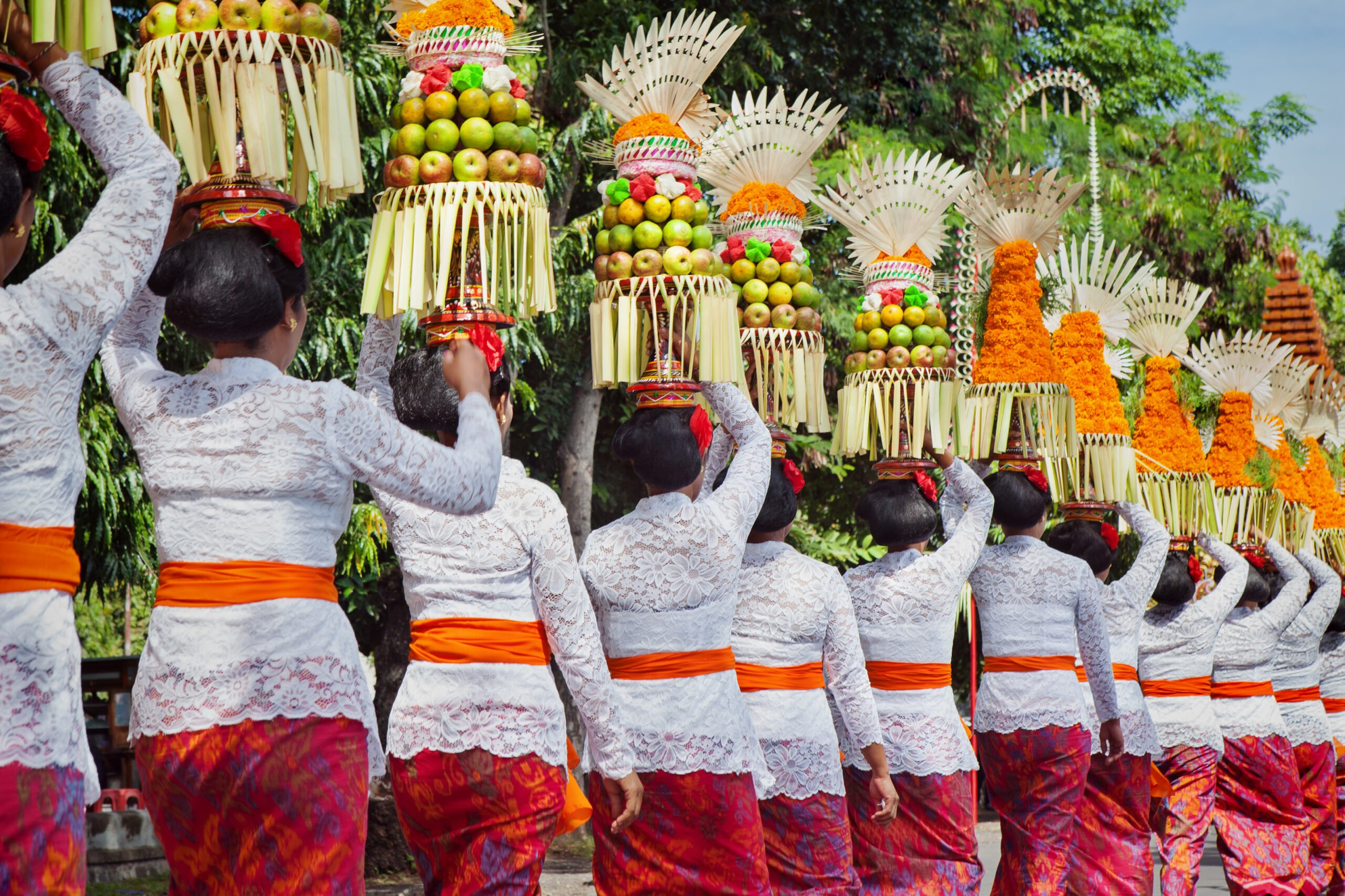 Balinese women in traditional costumes, Bali, Indonesia