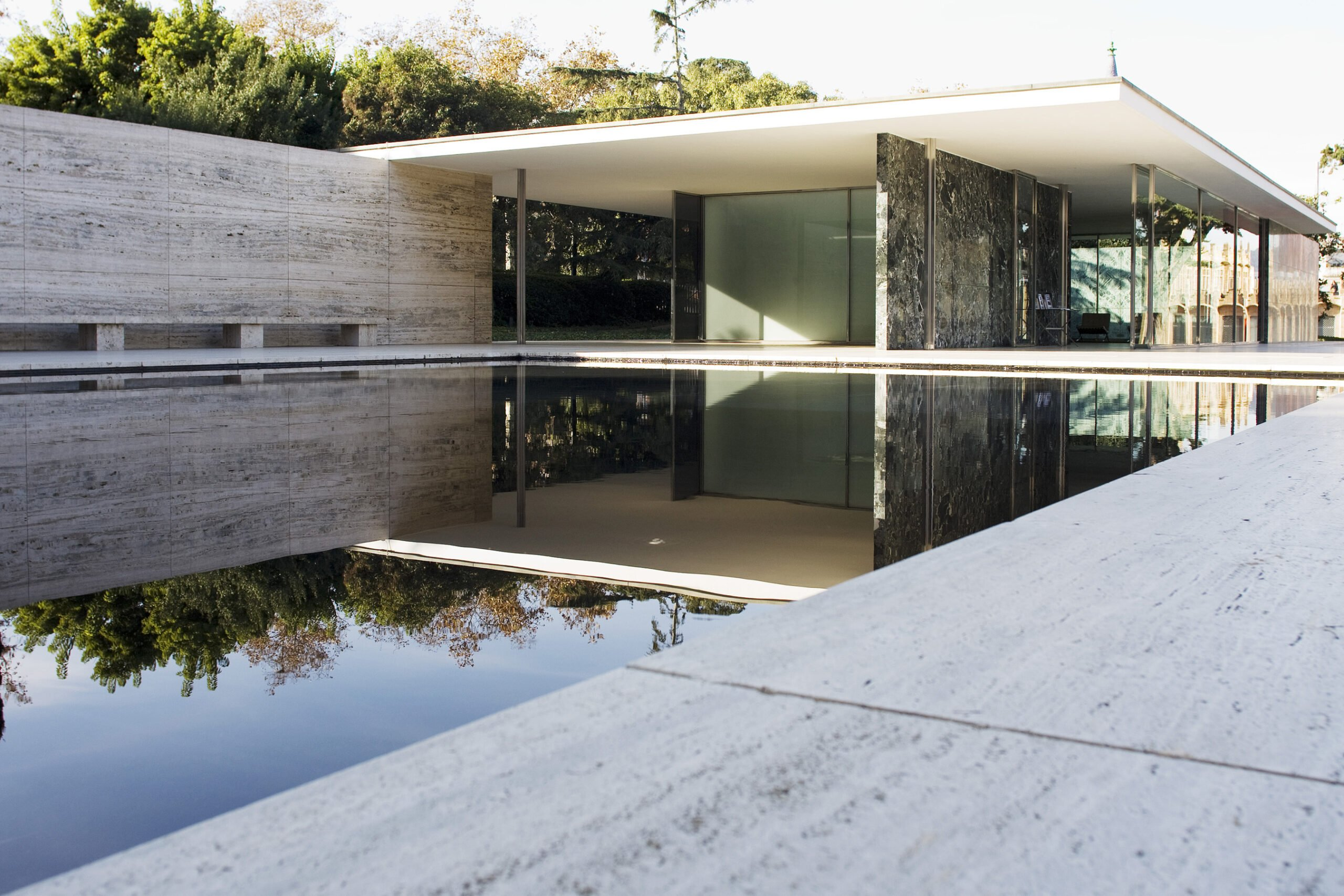 Barcelona Pavilion - a Barcelona Design Guide must-see