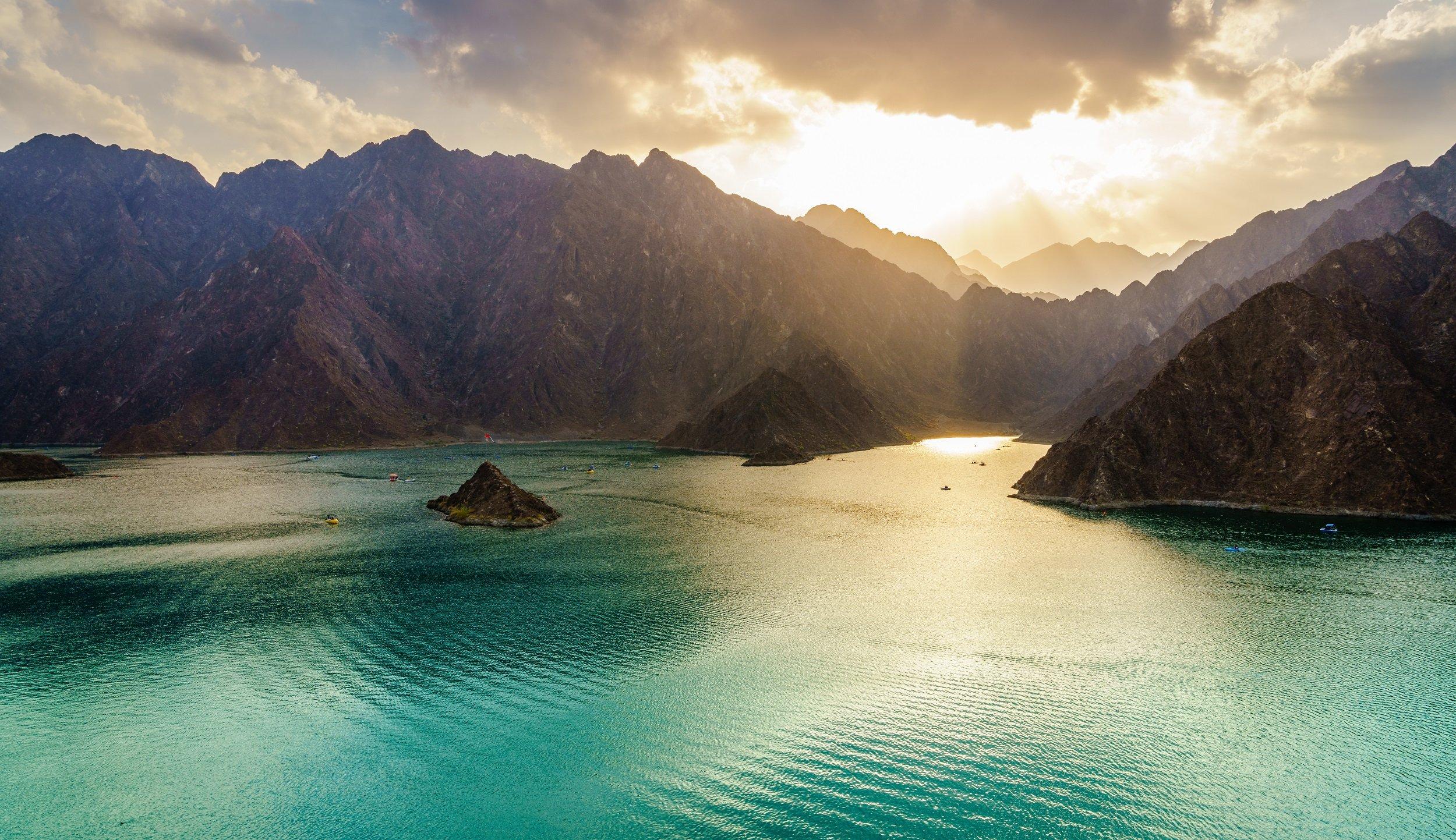 Hatta Mountain Safari Tour From Dubai_hatta Lake