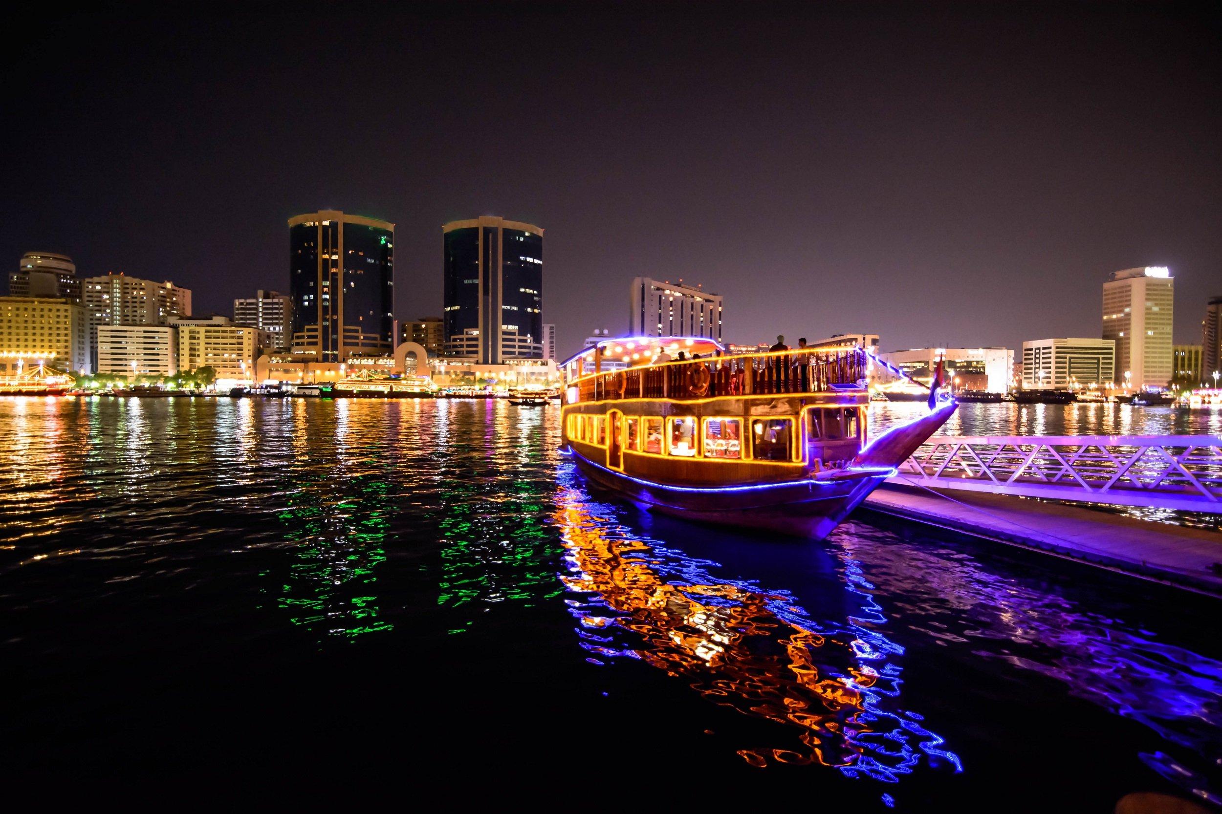 Marina Dhow Cruise Dinner From Dubai1