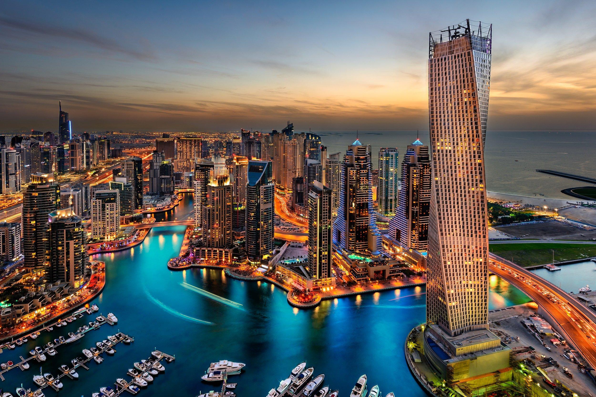 Marina Dhow Cruise Dinner From Dubai2